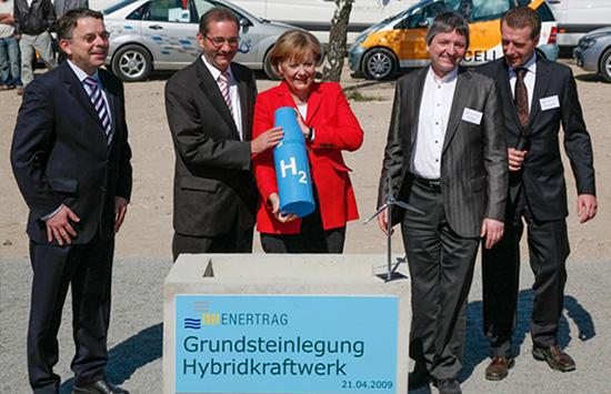 Grundsteinlegung Hybridkraftwerk mit Angela Merkel