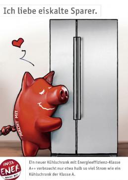 rotes Schwein umarmt Kühlschrank