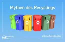 Recyclingtonnen vor blauem Hintergrund