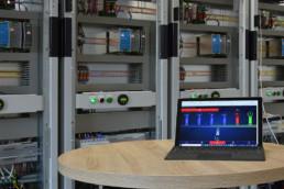 Laptop mit grafischer Oberfläche konfiguriert Gebäudeautomation