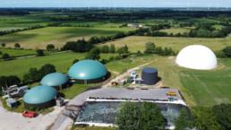 Luftaufnahme Biogas-Speicherkraftwerk in Norddeutschland